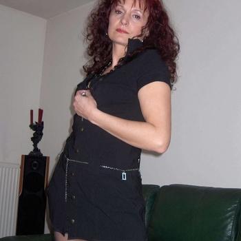 55 jarige vrouw uit Brussel zoekt sex