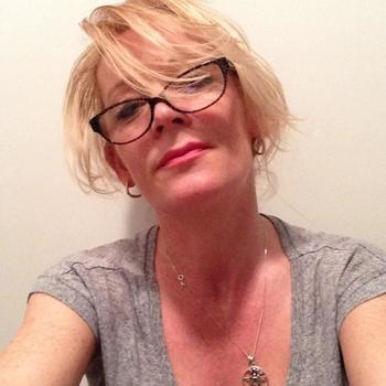 49 jarige vrouw uit Opwijk zoekt sex