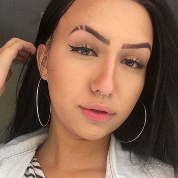 Wera (23) uit Luik