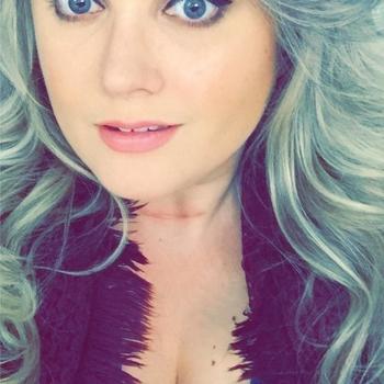 Sexdate met Lekkah135 - Vrouw (30) zoekt man Oost-vlaanderen